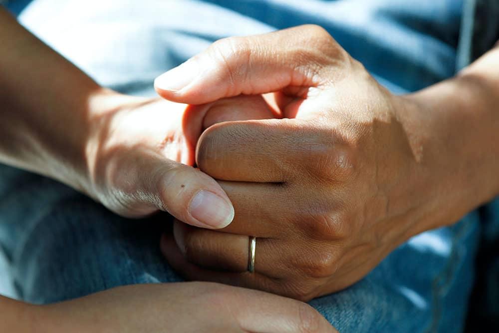 bluebird-hospice-helping-hand